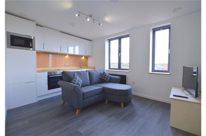 Apartment 11, Heaton Bank